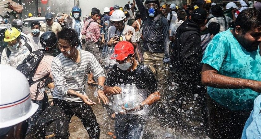 ABD yönetimi, Myanmar'daki göstericilere yönelik şiddete tepki gösterdi