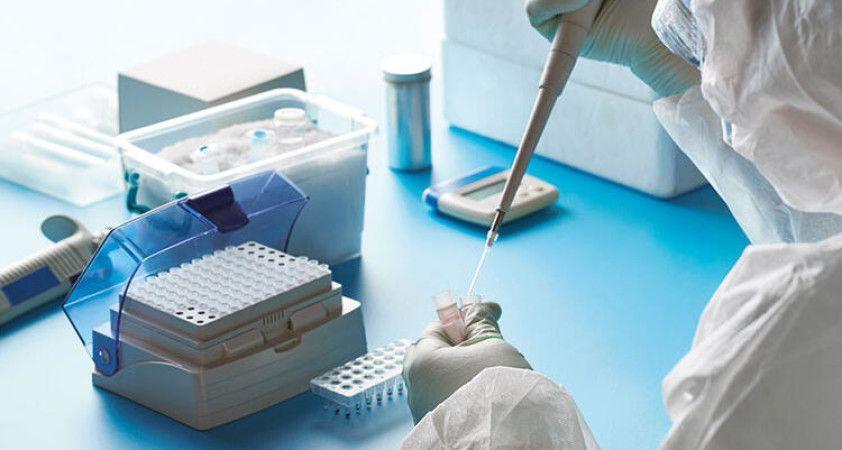 İtalya'da son 24 saatte koronavirüsten 285 ölüm