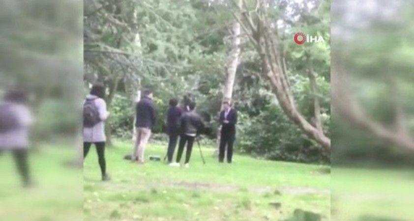 İrlanda Başbakan Yardımcısı Varadkar'a sulu saldırı