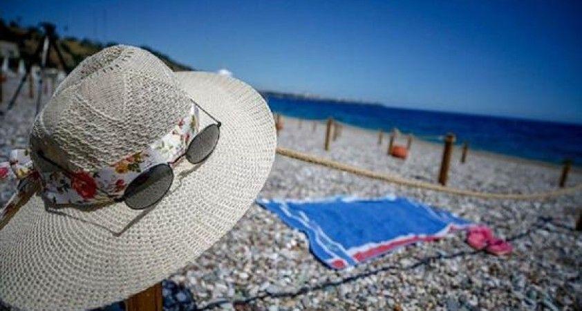 Malta, adaya gelen turistlere 200 euroya kadar para verecek