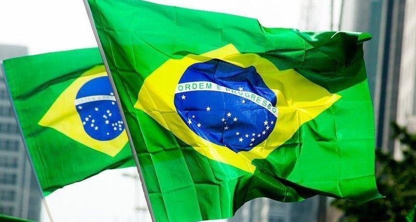 Brezilya Kovid-19 aşıları CoronaVac ve AstraZeneca'nın acil durumlarda kullanılmasını onayladı