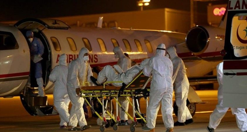 Suudi Arabistan'da Kovid-19'a yakalanan çift Türkiye'ye getirildi