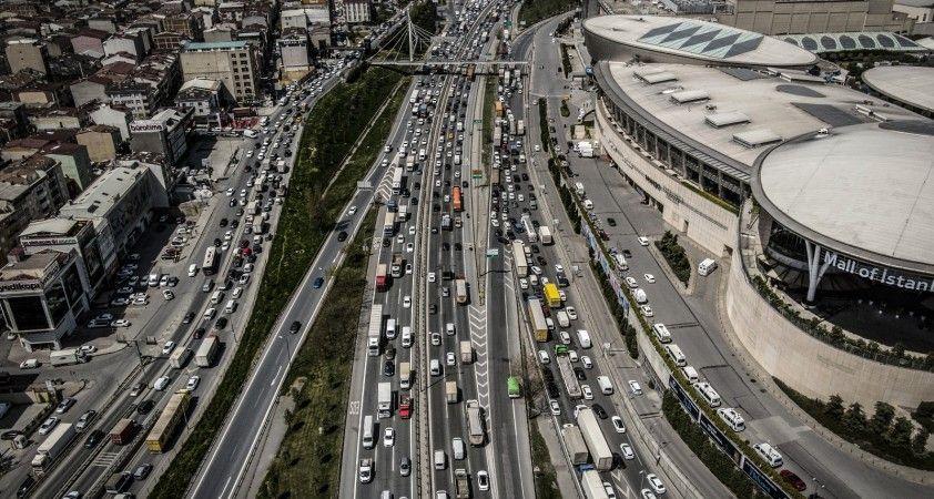 İstanbul'daki araç yoğunluğu yüzde 7 arttı