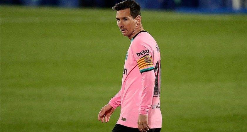 Messi'nin evinde verdiği yemeğe Kovid-19 önlemlerinin ihlali gerekçesiyle soruşturma başlatıldı