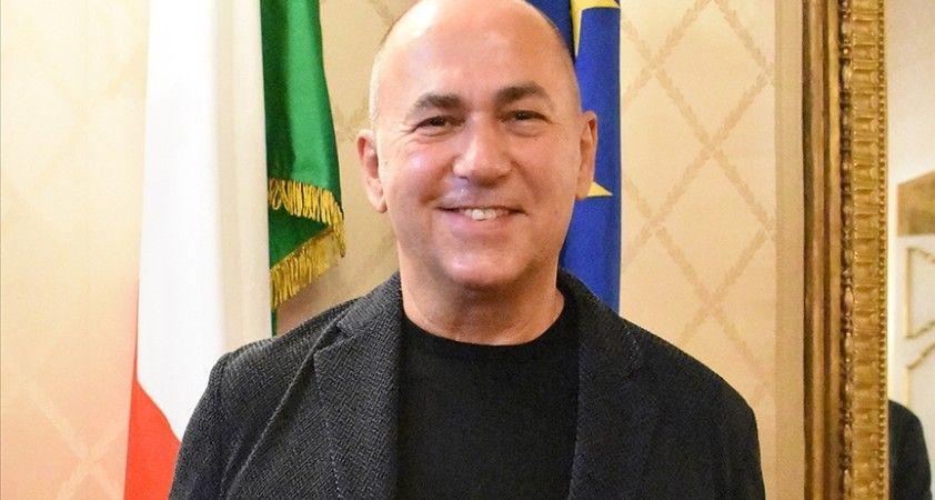 Yönetmen Özpetek önerdi, İtalya'da sağlıkçılar için 'Beyaz Önlüklüler Günü' yasalaştı
