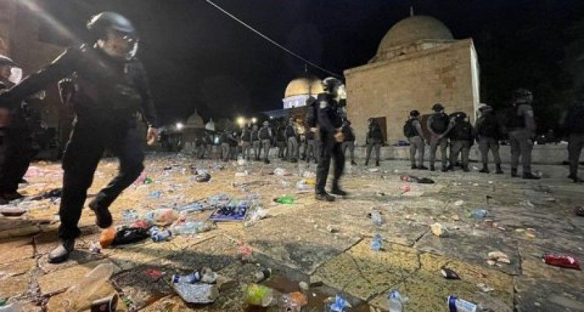 İsrail güçlerinin Mescid-i Aksa saldırısında yaralı sayısı 205'e yükseldi