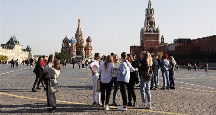 Rusya'da Kovid-19 vaka sayısı 1 milyon 160 bine yaklaştı