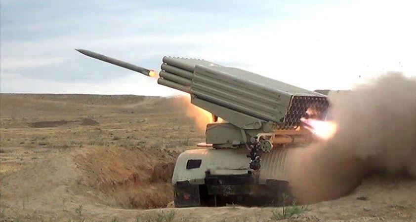 Azerbaycan , Ermenistan'a ait savaş uçağını düşürdü
