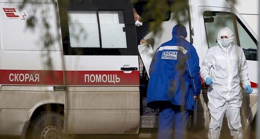 Rusya'da son 24 saatte 25 binden fazla Kovid-19 vakası görüldü