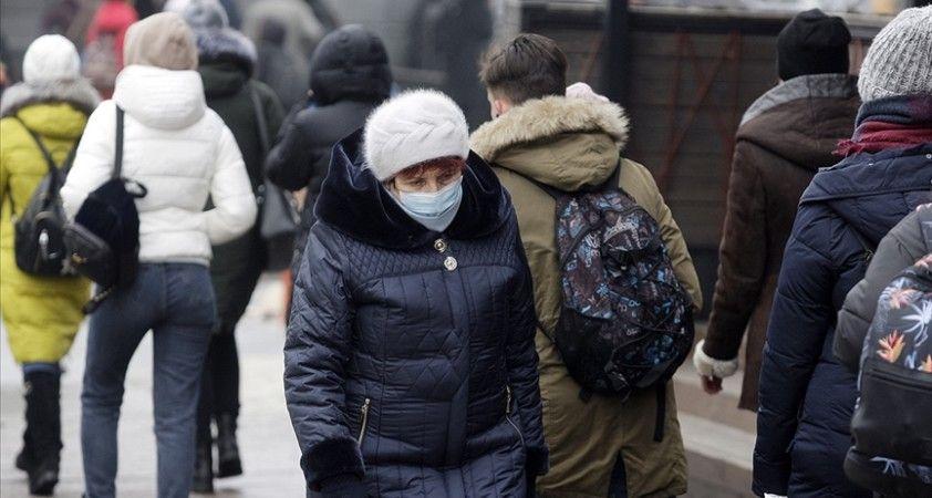 Ukrayna'da Kovid-19 salgınının üçüncü dalgası başladı