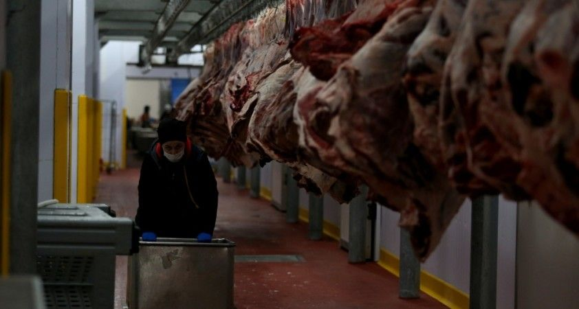 400 kadın kasap her gün 150 ton et işliyor
