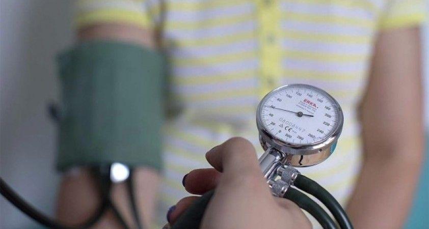 Yüksek tansiyon hastalarına Kovid-19'dan korunmak için uyarılar