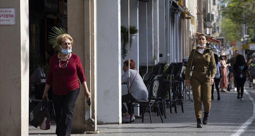 İsrail'de Kovid-19 vakalarındaki artış nedeniyle kapalı alanda maske takma zorunluğu yeniden getiriliyor