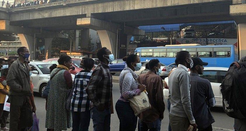 Afrika'da Kovid-19 vaka sayısı 4 milyonu geçti