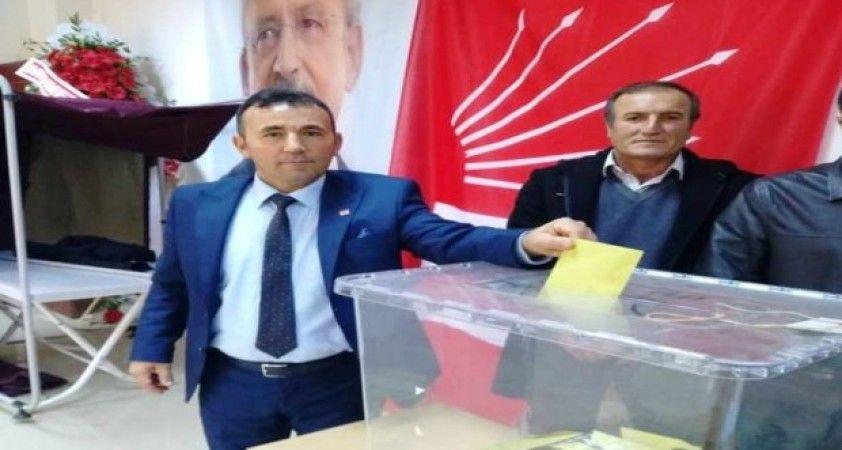 CHP'de ilçe kongreleri sürüyor