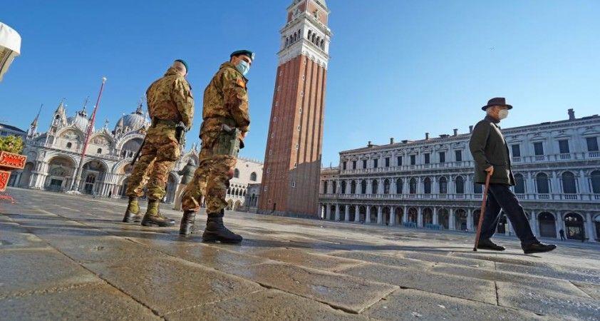 İtalya'da dünyaca ünlü Venedik Karnavalı Covid-19 nedeniyle 2. kez iptal edildi