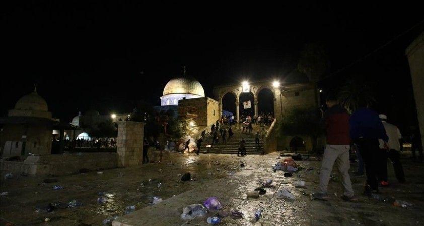 Pakistan Cemaat-i İslami Partisi Lideri Hak, İsrail'in Mescid-i Aksa'ya düzenlediği saldırıyı şiddetle kınadı