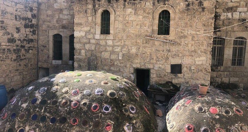 Filistinli Samir, eski Türk hamamını yeniden inşa ediyor