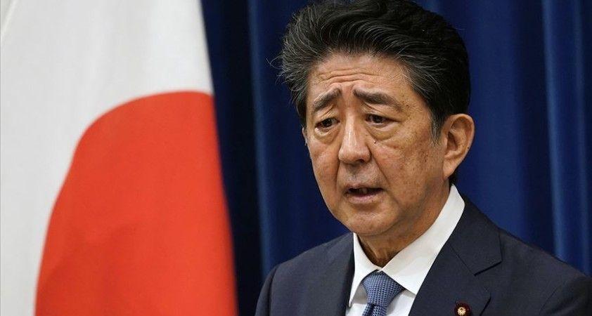Japonya'da Abe'den tartışmalı tapınağa ziyaret