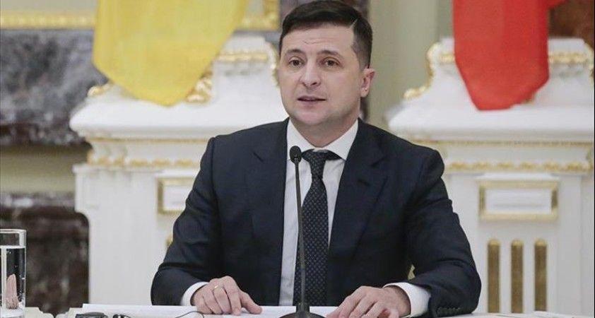 Ukrayna Devlet Başkanı Zelenskiy halka seslendi: 'Çocuk gibi darılmayın'