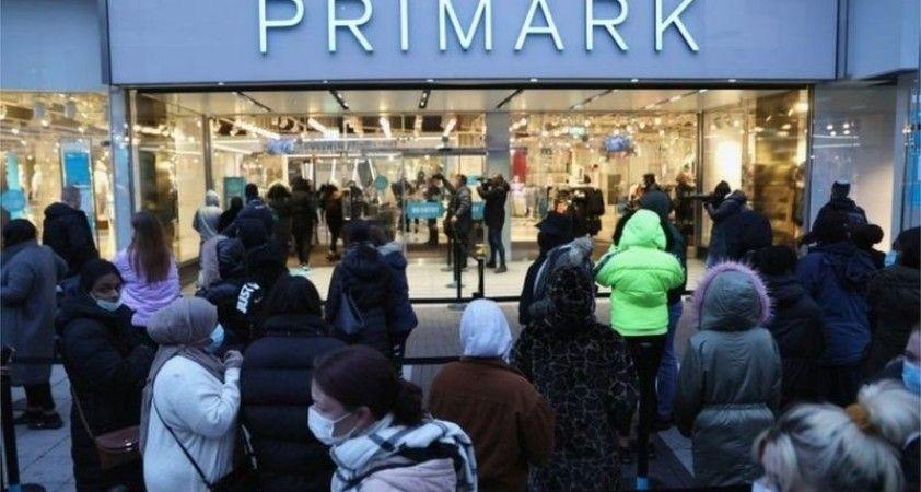 İngiltere'de koronavirüs önlemleri gevşetiliyor: Mağazalar aylar sonra açılıyor
