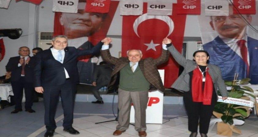 Alaşehir CHP'de yeni başkan Hasçelik oldu