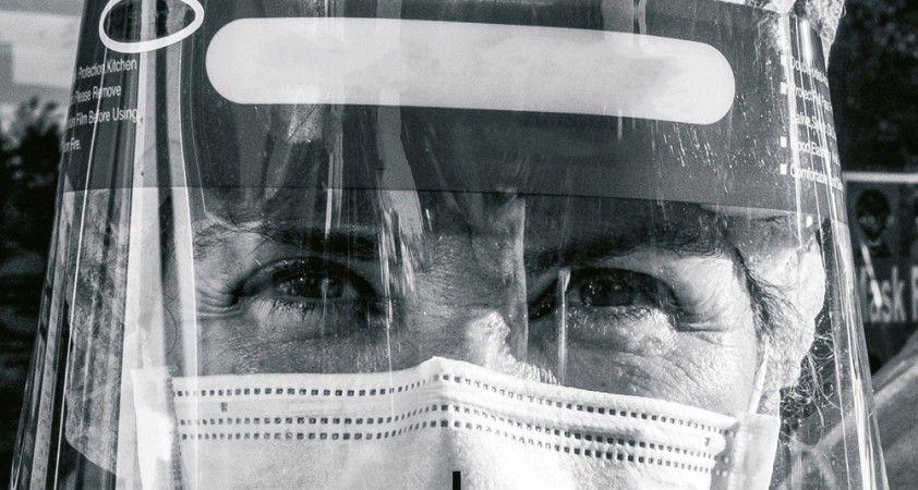 """Sağlık çalışanlarının koronavirüs sınavı: """"Pes etmiyoruz"""""""