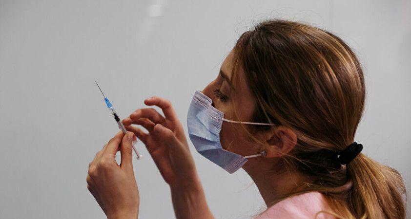 İsrail'de hamilelere aşı önceliği