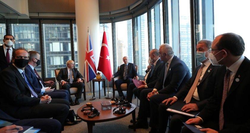 Cumhurbaşkanı Erdoğan, İngiltere Başbakanı Johnson'u kabul etti