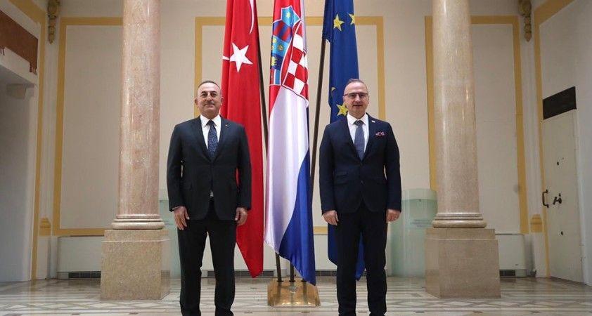 Bakan Çavuşoğlu, Hırvatistan Cumhurbaşkanı Milanoviç tarafından kabul edildi