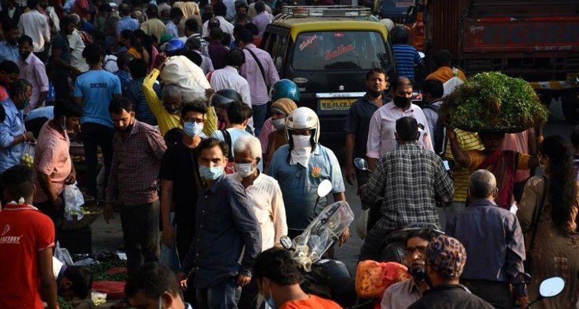 Hindistan'dan Kovid-19'dan 480 kişi hayatını kaybetti