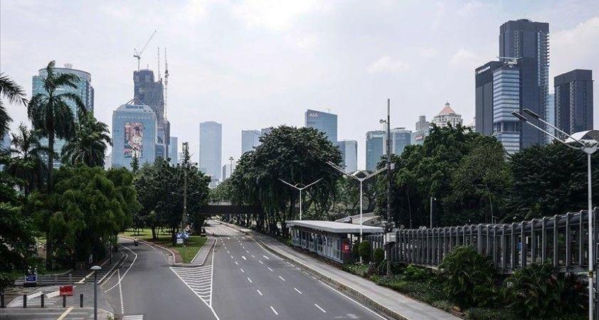Endonezya'nın başkenti Cakarta'da Kovid-19 tedbirleri sıkılaştırılıyor