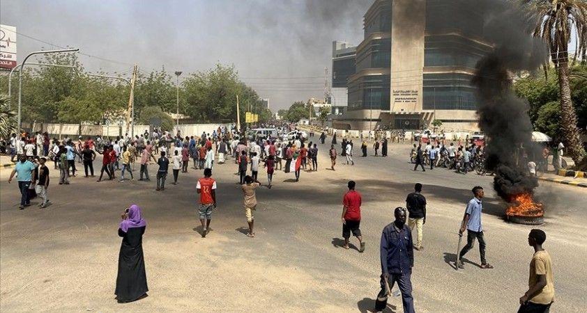 Sudan'daki 'darbe karşıtı' gösterilerde 21 kişi yaralandı