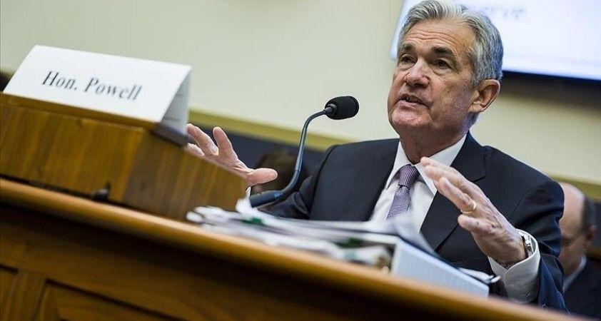 Fed Başkanı Powell faiz oranlarını artırmayı düşünmekten çok uzak olduklarını söyledi