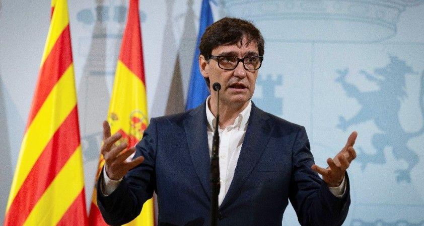 İspanya Sağlık Bakanı Covid-19 önlemlerinin sıkılaştırılması çağrısında bulundu