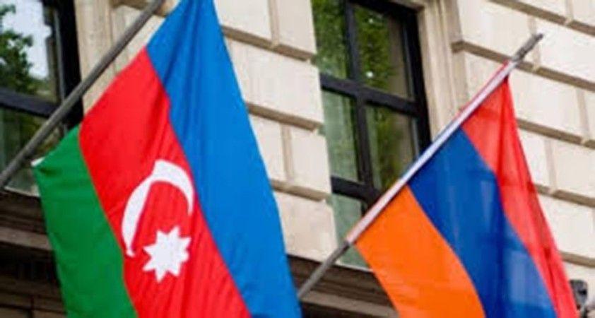 """Azerbaycan ve Ermenistan geçici """"insani ateşkes"""" konusunda anlaştı"""